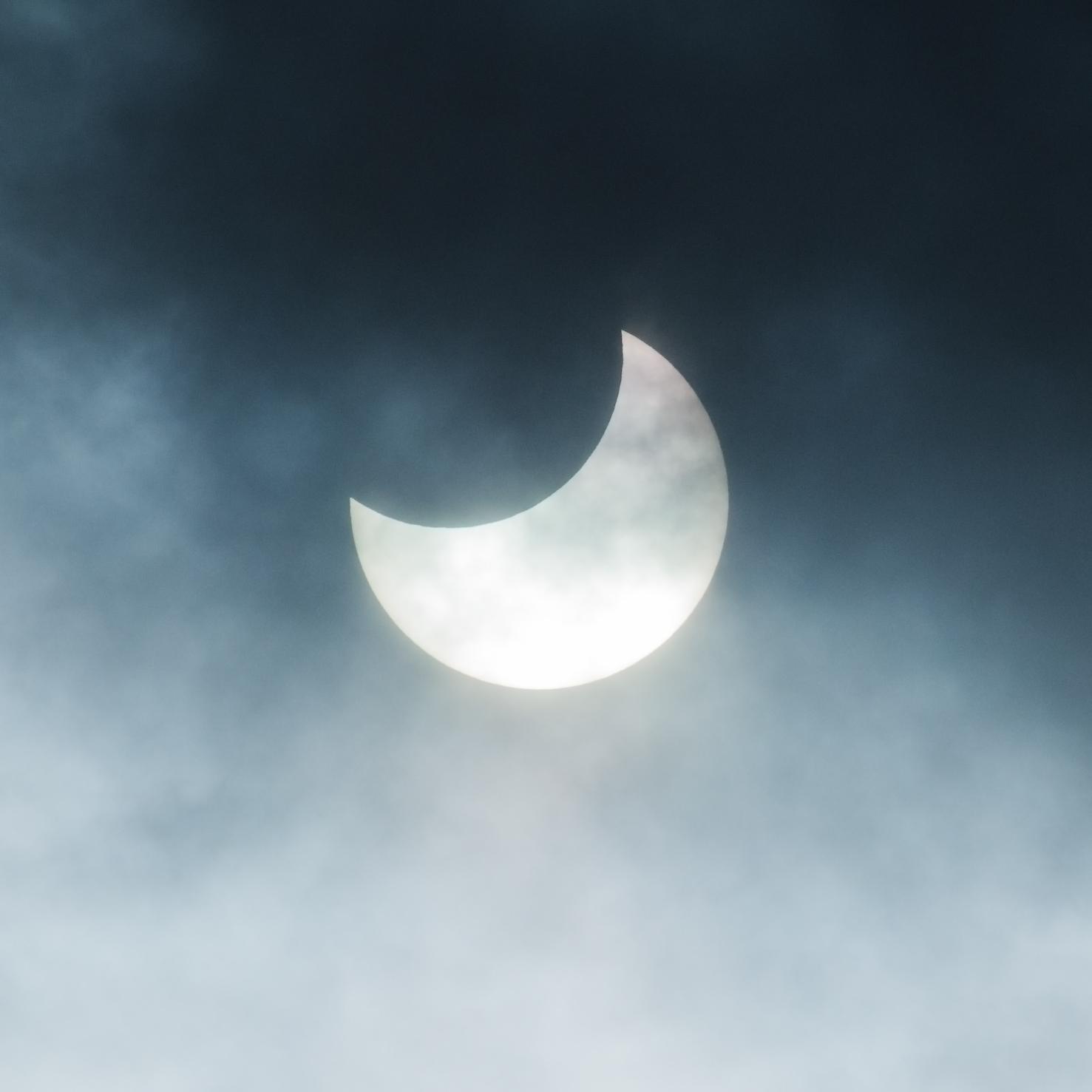 部分日食(19/01/06 10:22:57撮影)
